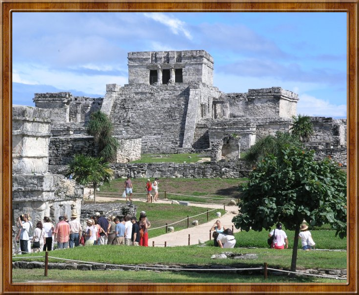 The famed lighthouse of Tulum